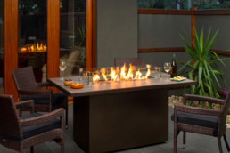 Regency outdoor fireplace PTO-30IST